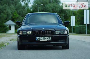 Седан BMW 750 1996 в Дніпрі