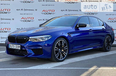 Седан BMW M5 2019 в Киеве