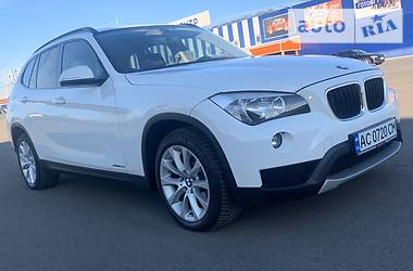 Внедорожник / Кроссовер BMW X1 2012 в Луцке