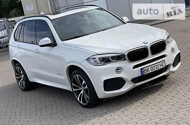 Внедорожник / Кроссовер BMW X5 2015 в Ровно