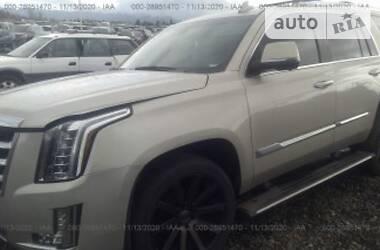 Внедорожник / Кроссовер Cadillac Escalade 2016 в Киеве