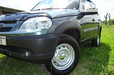 Внедорожник / Кроссовер Chevrolet Niva 2015 в Новопскове