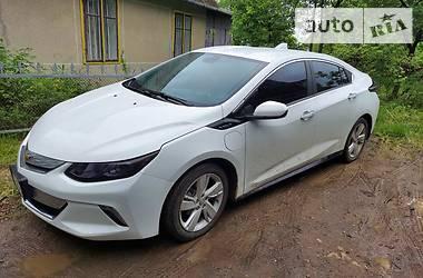 Лифтбек Chevrolet Volt 2016 в Черновцах