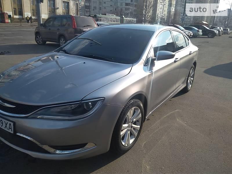 Chrysler 200 2015 года в Киеве