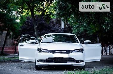 Седан Chrysler 200 2015 в Николаеве