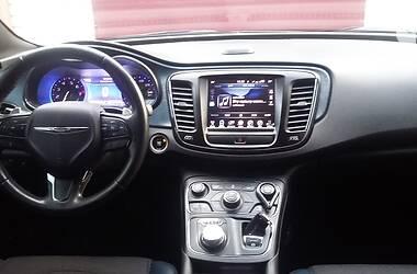 Седан Chrysler 200 2015 в Лимані