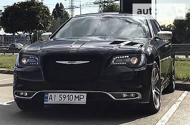 Седан Chrysler 300 C 2016 в Киеве