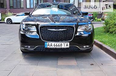 Chrysler 300 S 2016 в Киеве
