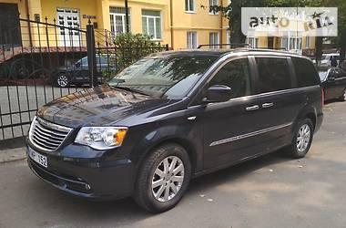 Chrysler Town & Country 2014 в Черновцах