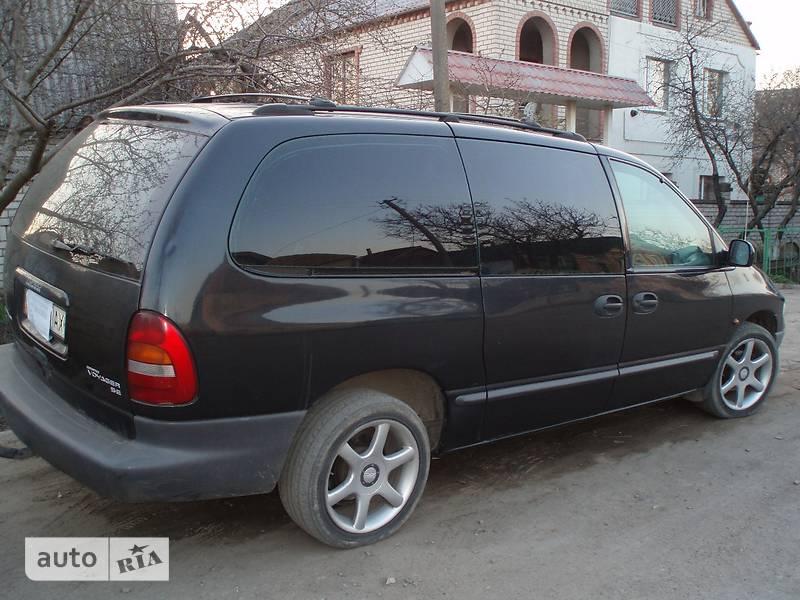 Chrysler Voyager 2000 в Николаеве
