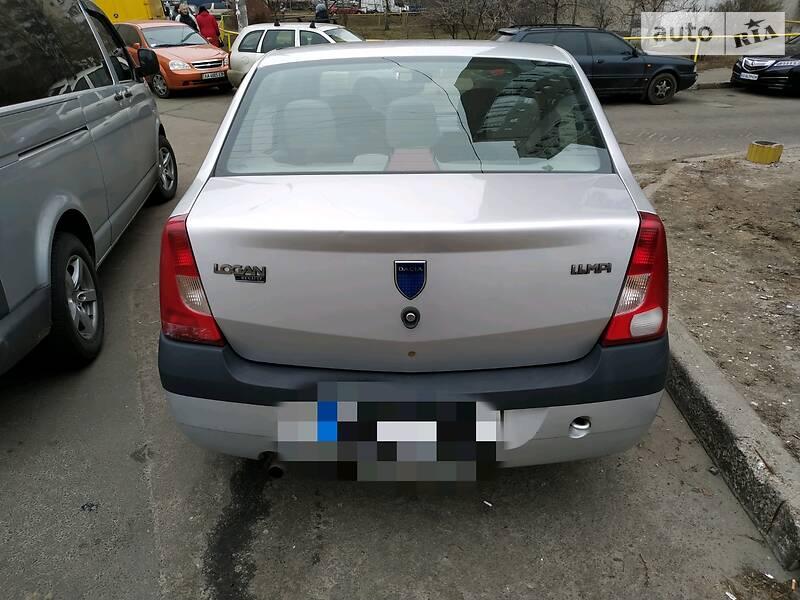 Dacia Logan 2007 в Киеве