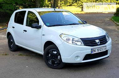 Dacia Sandero 2012 в Ровно