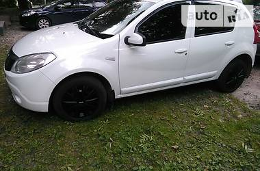 Dacia Sandero 2011 в Львове