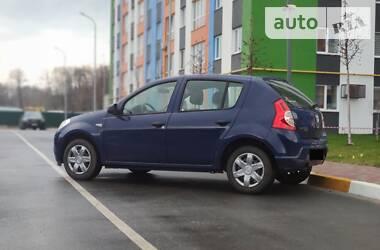 Хэтчбек Dacia Sandero 2008 в Киеве