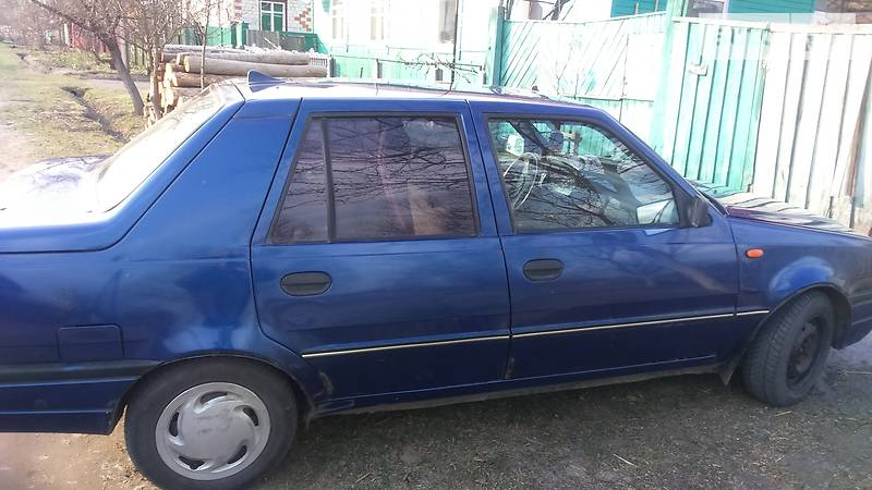 Dacia SuperNova 2003 года в Чернигове