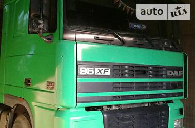 DAF XF 95 2000 в Тетиеве