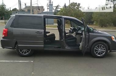 Dodge Grand Caravan 2016 в Мариуполе