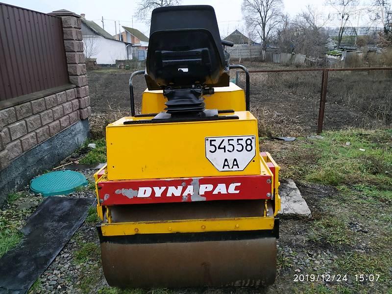 Dynapac CC 1988 в Борисполе