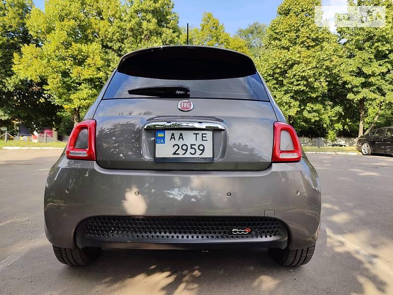 Купе Fiat 500e 2013 в Киеве