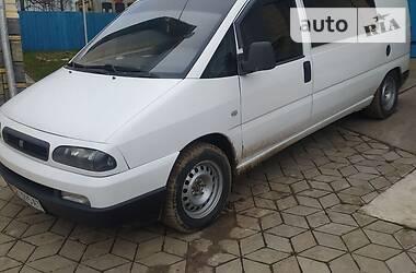 Легковой фургон (до 1,5 т) Fiat Scudo груз.-пасс. 2003 в Черновцах