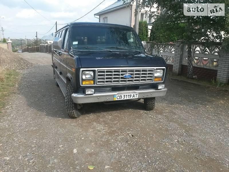 Ford Econoline 1990 в Черновцах
