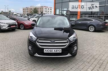 Внедорожник / Кроссовер Ford Escape 2018 в Львове