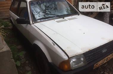 Ford Escort 1985 в Рахове