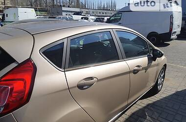 Седан Ford Fiesta 2016 в Миколаєві