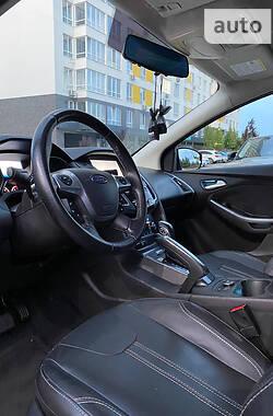 Седан Ford Focus 2013 в Ватутино
