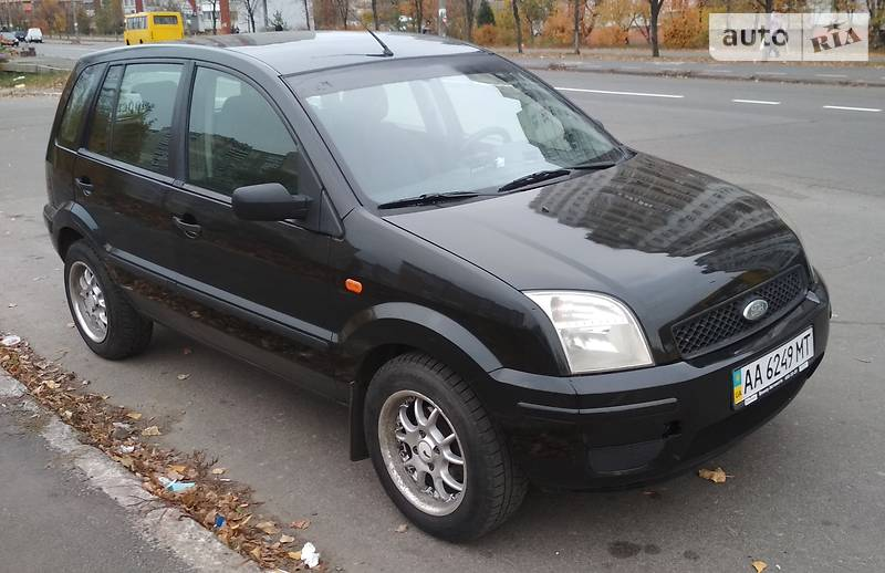Ford Fusion 2005 года в Киеве