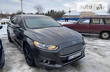 Ford Fusion 2015 в Тараще