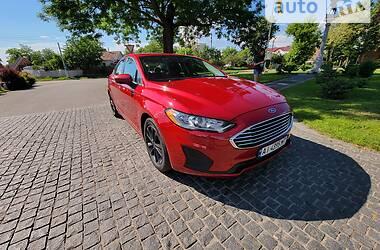 Седан Ford Fusion 2019 в Фастові