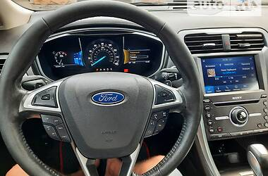Седан Ford Fusion 2016 в Херсоне
