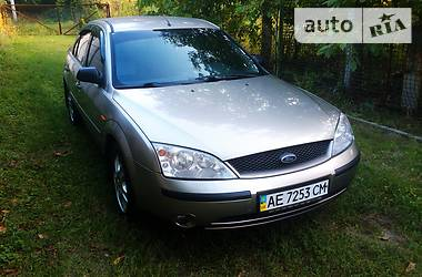 Ford Mondeo 2002 в Днепре