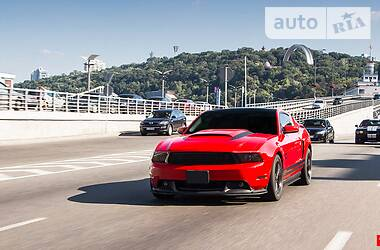 Ford Mustang GT 2011 в Киеве