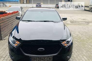 Седан Ford Taurus 2017 в Сумах