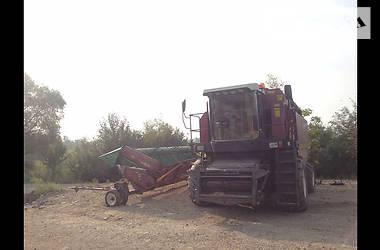 Комбайн зерноуборочный Гомсельмаш Полесье 2011 в Черновцах