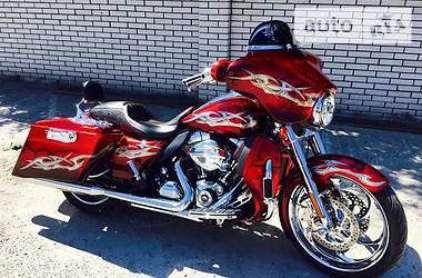 Harley-Davidson CVO Street Glide 2011 в Киеве