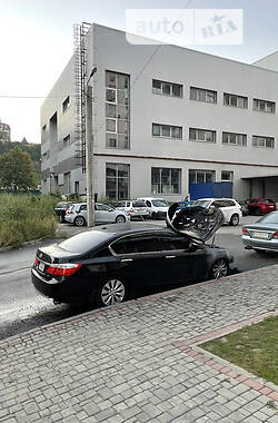 Седан Honda Accord 2013 в Харкові