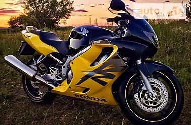 Honda CBR 600F 2000 в Харькове