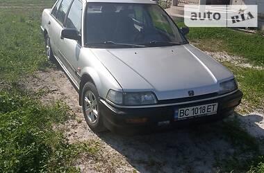 Седан Honda Civic 1988 в Львове
