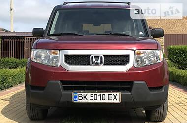 Honda Element 2009 в Остроге