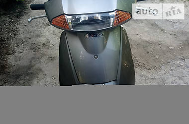 Скутер / Мотороллер Honda Lead AF 48 2000 в Таврийске
