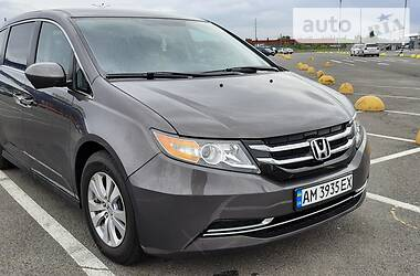 Минивэн Honda Odyssey 2017 в Киеве