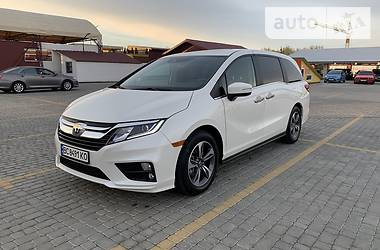 Минивэн Honda Odyssey 2018 в Львове