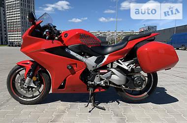 Мотоцикл Спорт-туризм Honda VFR 800 2014 в Киеве