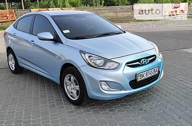 Седан Hyundai Accent 2011 в Березному