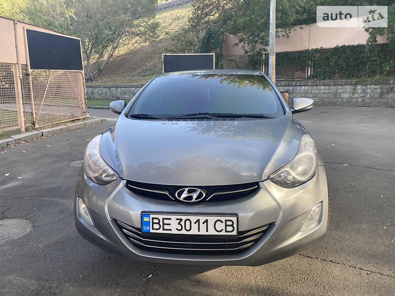 Hyundai Elantra 2011 в Николаеве