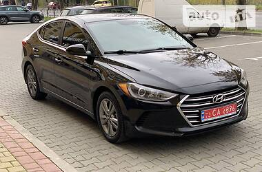 Hyundai Elantra 2017 в Луцке