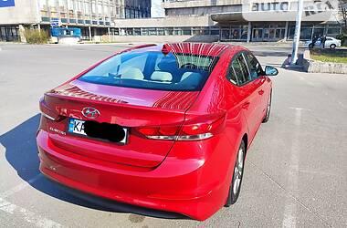 Седан Hyundai Elantra 2016 в Києві